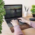 kalibri Repose-poignets pour clavier - Appui poignets pour travail écriture jeu ordinateur PC - Support ergonomique bois de noyer - 30 x 7,6 x 1 cm de la marque kalibri image 1 produit