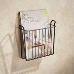 mDesign porte-journaux mural – joli classeur à revues en métal pour la salle de bain, la cuisine ou le bureau – convient aussi comme support pour livres, plateaux etc. – couleur : bronze de la marque MetroDecor image 1 produit