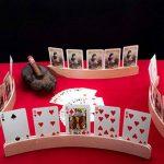 Support de Cartes à Jouer (Ensemble de 4) par GrowUpSmart - Supports en Bois de Qualité Supérieure 4 x 35,6 cm - Élégant, Design Incurvé, Finition en Bois Naturel, à Poser sur une Table. Jeu de Cartes Mains Libres pour Enfants, Adultes, Seniors de la marq image 3 produit